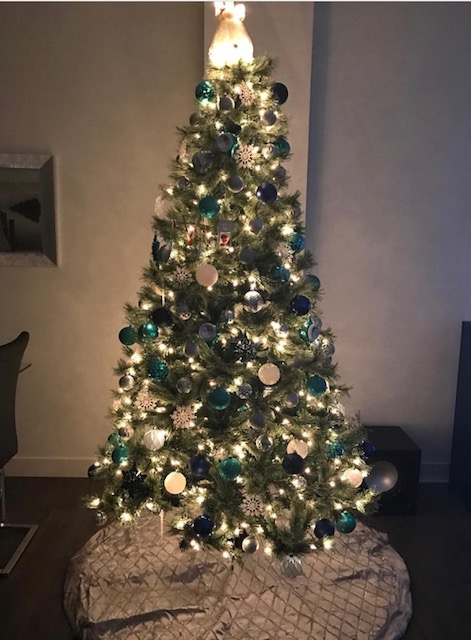 i like to put my tree up pretty early because i love christmas and i want to enjoy my tree and my decorations for as long as possible - When Is The Best Time To Put Up Christmas Decorations