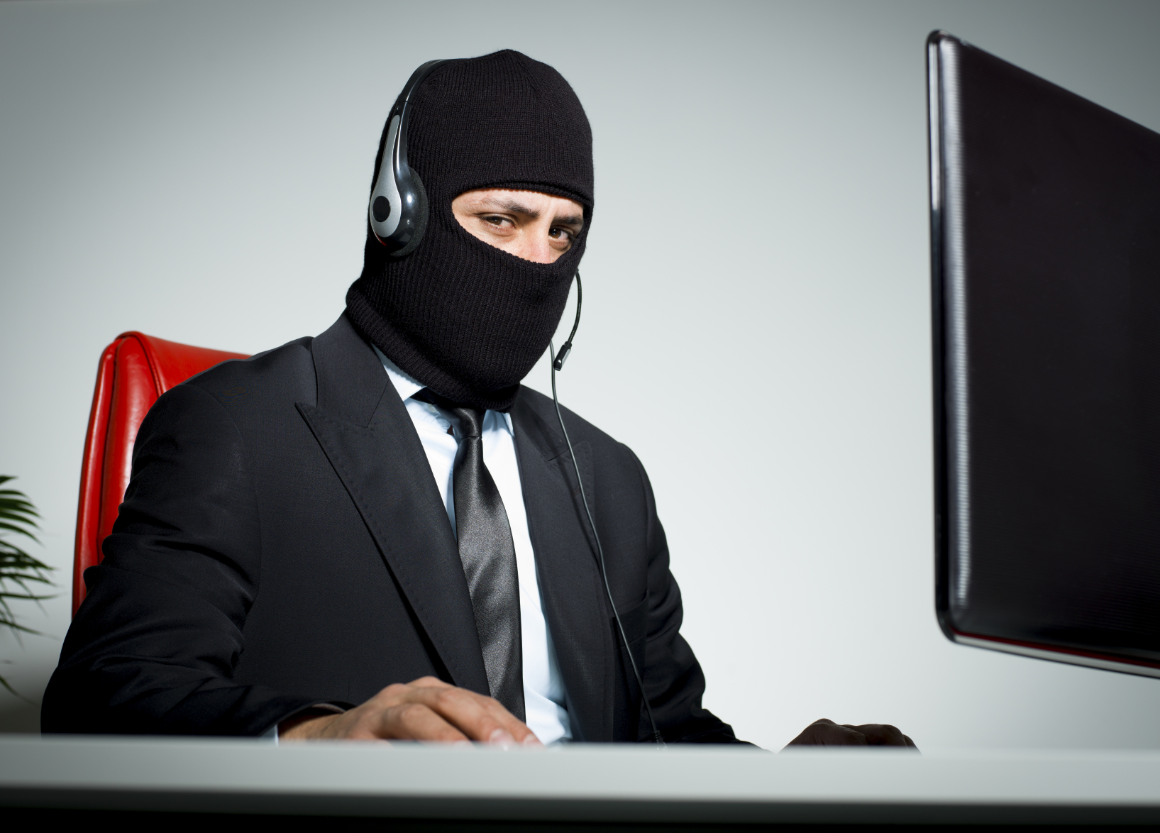 Fraudsters still trying the CRA scam!