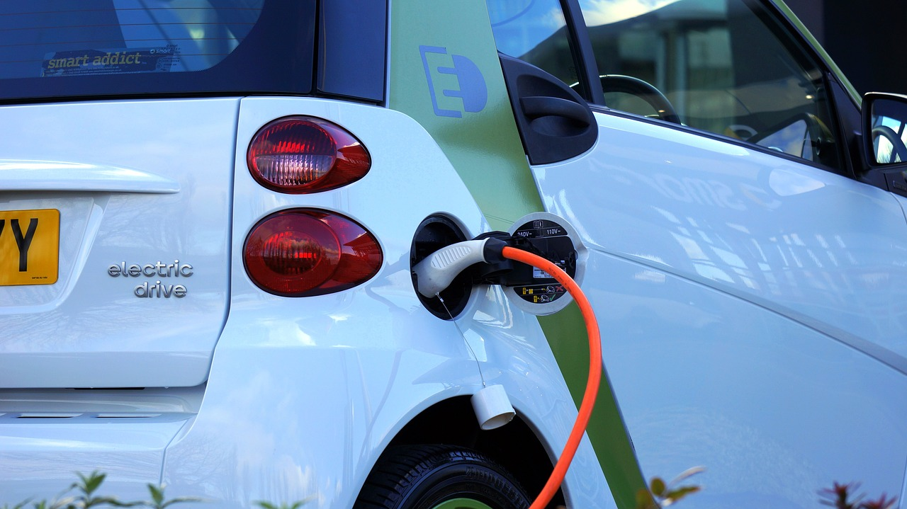 Road trip range anxiety major barrier to buying electric vehicle