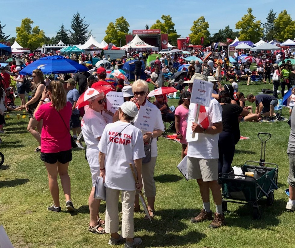 Pro-RCMP group gathers support at Canada Day