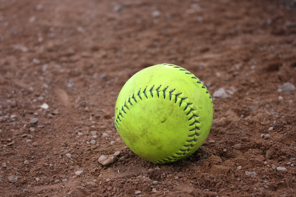 Canada's top women's softball players to compete in Surrey