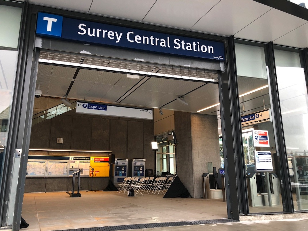 Leslie and Scooter chat with Surrey man who took down white supremacist poster at SkyTrain station